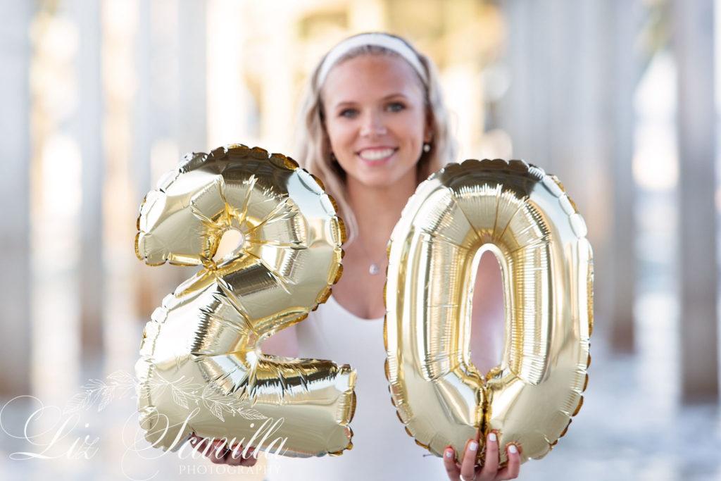 2020 Balloon Senior Photos - Daytona Beach - Liz Scavilla Photography